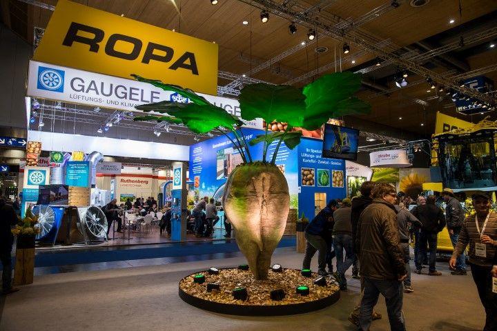 Выставка сельхозмашин