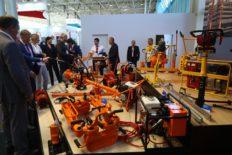 выставка современного путевого инструмента