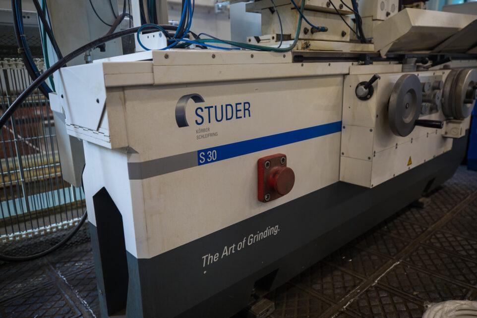 новый станок Studer S30 вблизи